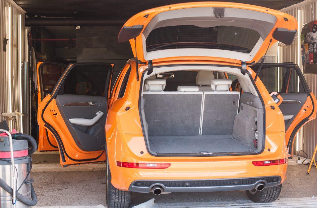 Audi Q5 S - химчистка салона