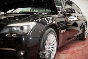 BMW 7 Бронированный VR8 - полировка лкп