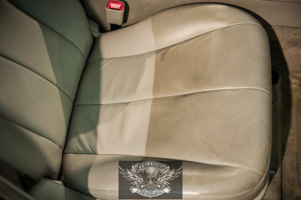 Toyota Camry - химчистка салона