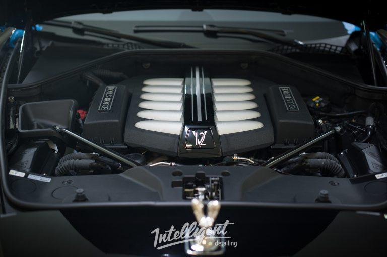 Rolls Royce Wraith мойка мотора паром