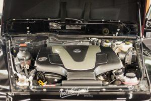 Mercedes G500 - мойка мотора паром
