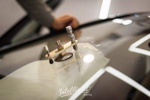 Mercedes Maybach ремонт скола стекла