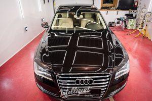 Audi A8 - восковой пирог