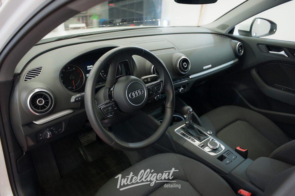Audi A3 - химчистка салона