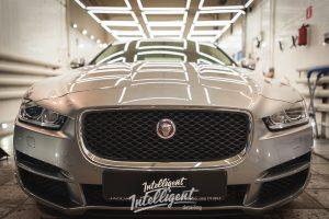 Jaguar XE полировка и керамика
