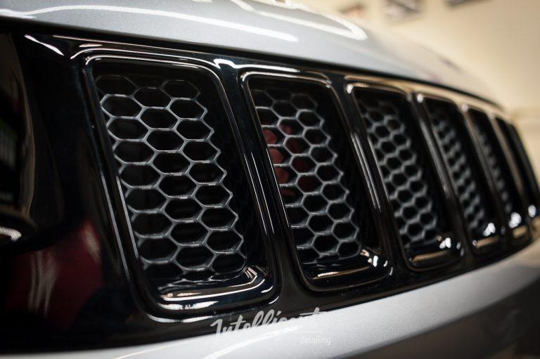 Jeep Grand Cherokee SRT покраска решеток (антихром)