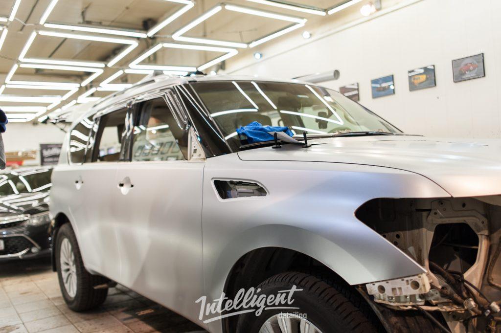 Nissan Patrol - оклейка кузова пленкой серый сатин