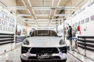Porsche Macan оклейка антигравийной пленкой
