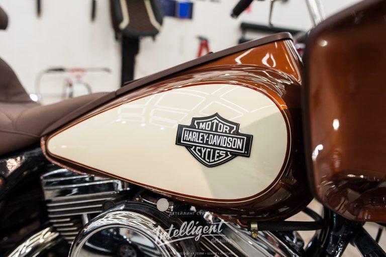 Harley-Davidson мойка и очистка хрома