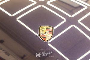 Porsche Cayenne химчистка, покраска суппортов, керамика.